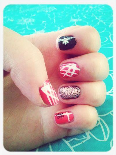 #nails #lovethem #style #fashion #prettypink #black