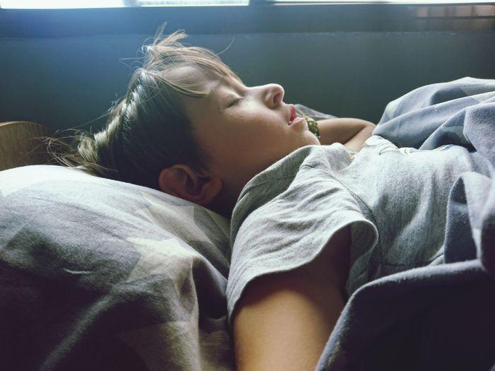 My boy sleeping in my bad haha Ilovethiskid. Beautiful People Kids Being Kids Sleepy Sleeping Baby  Sleep Time💤 Reaction The Week On EyeEm EyeEmNewHere