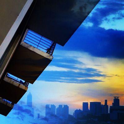 Blue Sky Jakarta Sunset Love Tropic INDONESIA Instalike Instagram Instafollow Instago Instasunda Instanusatara Instadaily Instacool Instagood Blend BlendPic