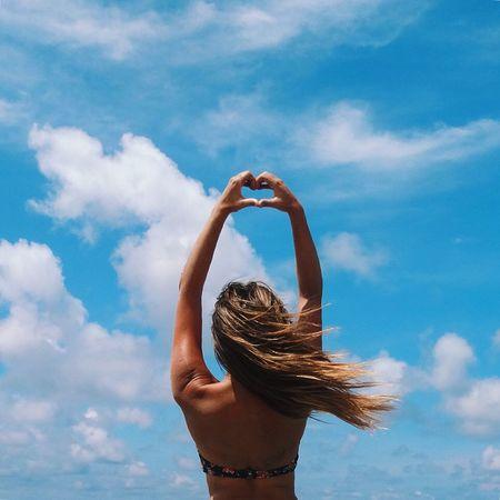 Love is in the air 💙 missing that blue sky Beach Beachphotography Life Is A Beach Today's Hot Look Taking Photos Bikini Time❤ Bikini Blue Sky Sky Collection Sun_collection, Sky_collection, Cloudporn, Skyporn