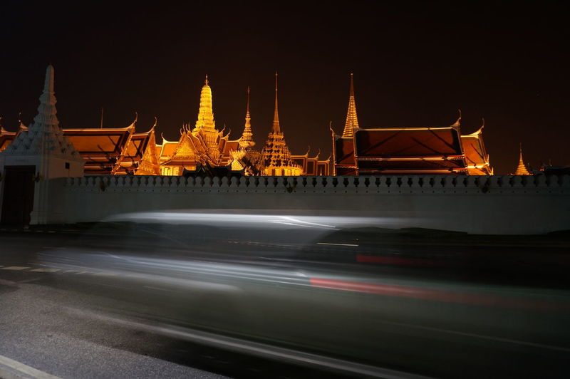 Night Bangkok Thailand Temple Emerald Buddha Temple Movement Blurred Motion Car Culture Artistic Ancient Retro