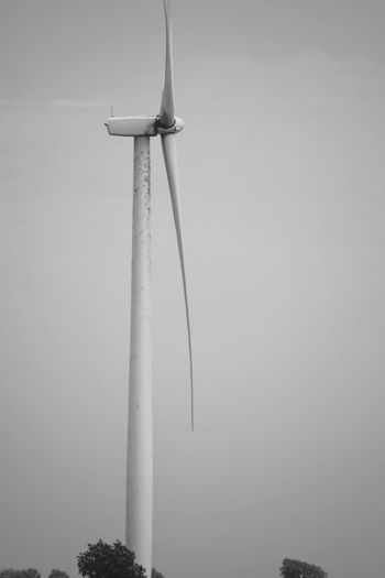 Visual Journal September 2017 Southeast Nebraska B&W Collection Camera Work Catadioptric Lens EyeEm Best Shots EyeEm Gallery FUJIFILM X-T1 MidWest Nebraska Nikkor 500mm F8 Photo Essay Rural America Rural Scenes Visual Journal Alternative Energy Always Taking Photos Day Eye For Photography Fuel And Power Generation Industrial Windmill Low Angle View Manual Focus Monochrome Nature No People On The Road Outdoors Photo Diary Schwarzweiß Sky Wind Power Wind Turbine Windmill