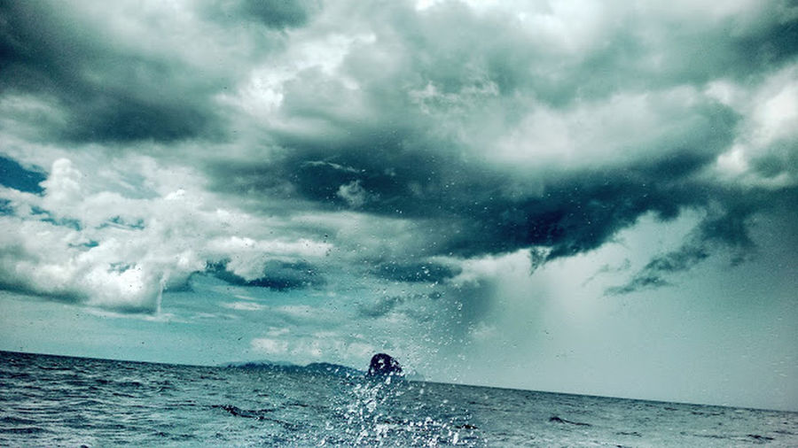 Caught in a storm!!! Angry Sky Beauty In Nature Horizon Over Water Natures Fury Scary Sky And Clouds Storm Cloud Storm Clouds Strormy Tropical Climate Wave