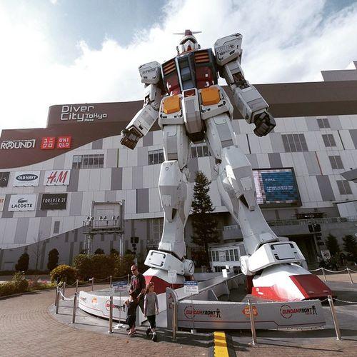 Finally, gotta see this GIANT! Oishiisg