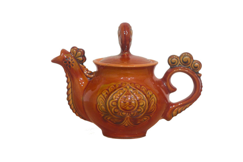 Cupcakes Objects Tea Amphoras Ancient Civilization Antiques Brown Hair Clay Work Decorations Drink Handlebar Juggling Kitchen Utensils No People Pitcher Plant Potted Plant Pottery Art Teapot Vase Of Flowers White Background