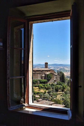 Window No People Built Structure Day Indoors  Architecture Clear Sky Nature Building Exterior Sea Water Sky Tree Tranquility EyeEm Masterclass EyeEm Best Shots EyeEm Gallery EyeEm Selects EyeEmNewHere Toscana Nature Clear Sky Scenics Home Showcase Interior Montalcino.