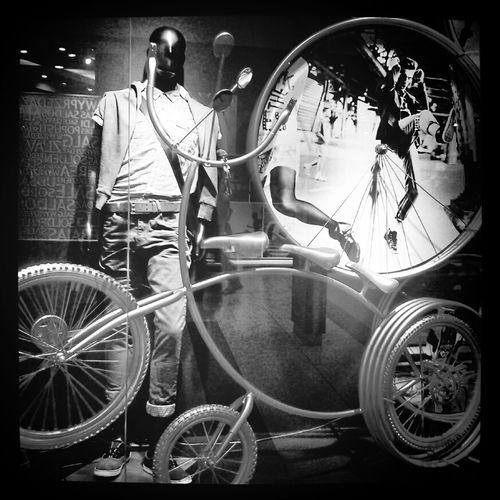 wystawa Biking
