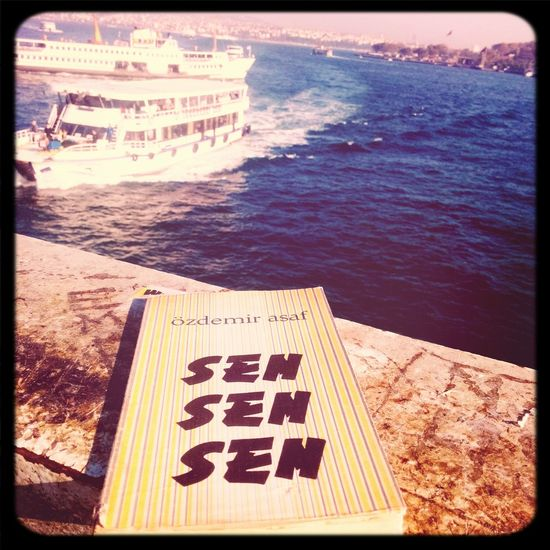 Özdemir Asaf Galata Sahaf şiir Heryerde