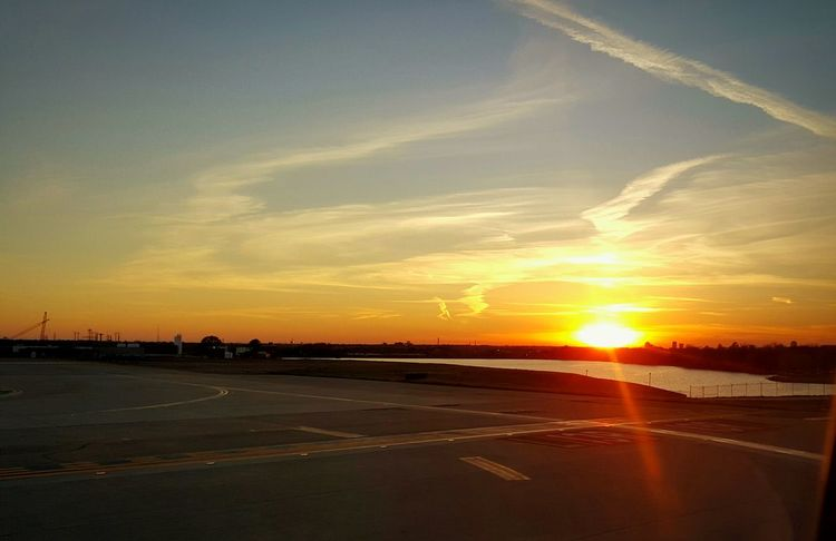 Sunset as the plane took off from Dallas Forth Worth Airport Sunset_collection Check This Out Travel Photography Airplaneview Spectacular View Dallas Tx