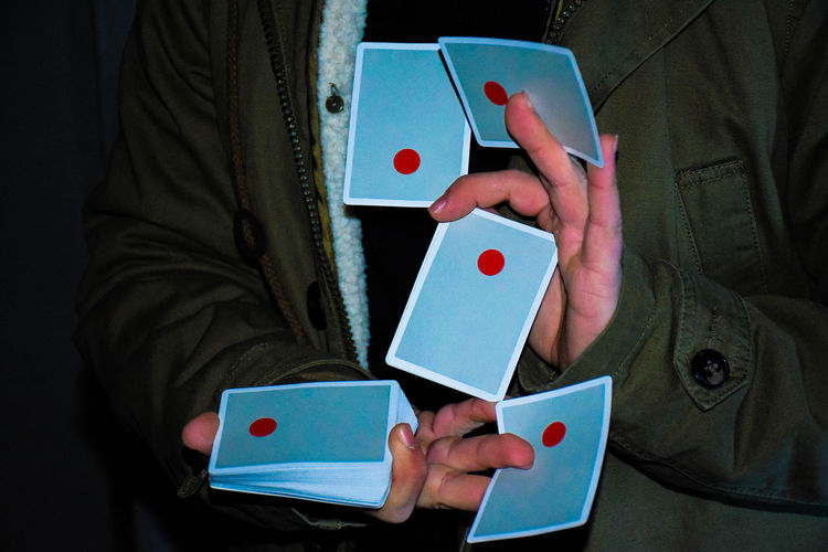 Spin doctor🔴 ph @alfioraciti Art Cardist Nikon Sicily Catania, Sicily Magician Cardistry  Photo Touch Cardslegends Love Artist Time One Cuts Like4like Cards Luck Heart Shape Close-up Poker - Card Game Day