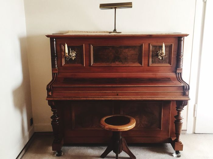 Found this old beautiful piano🎹 Old Wood - Material Piano Musical Instrument