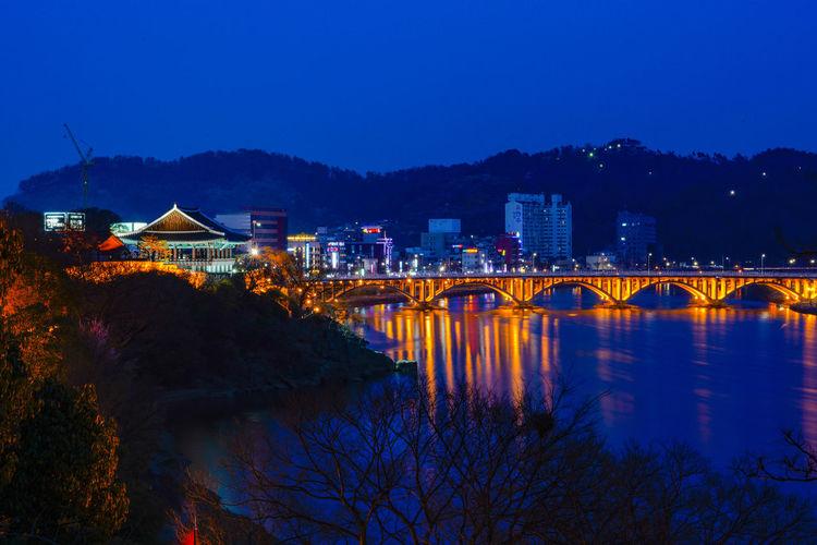 A night view of Chokseokru of Jinju Castle in Korea. Japanese Invasion Of Korea In 1592 Namgang Chokseokru Jinju Jinju Castle Jinjuseong Long Exposure Night Night View 남강 대한민국 야경 임진왜란 장노출 진주 진주성 촉석루 한국