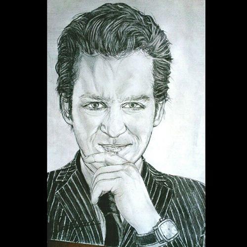 Rötuşlu son hali MYildirimResmi Muratyıldırım Mrtyldrm Karakalem sketch sketchbook dese art drawing drawer draw eskiz İstanbul eskiz portrait portre amazing independent pencil