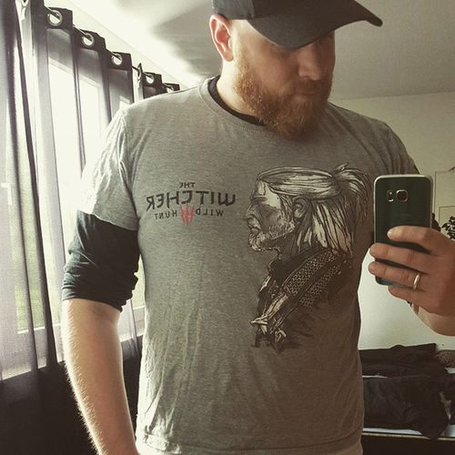 Some people have time to play the game. .. some people only have time to wear the shirt at work Thewitcher3 Needtoquitmyjob Notimeforgaming