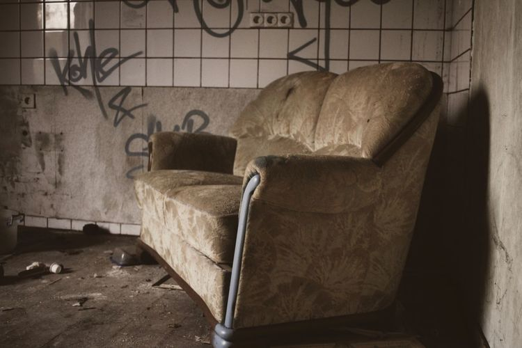 TakeASeat Abandoned Cozy Place