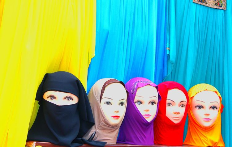 Maniquin Head People Women Multi Colored Women Around The World Live For The Story Place Of Heart The Photojournalist - 2017 EyeEm Awards EyeEmNewHere