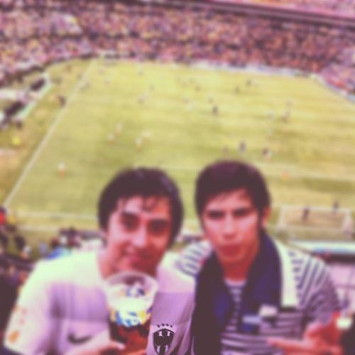 Monterrey Rayados Estadiouniversitario Clasico100 vamosrayados beer fútbol Aún la tienen adentro perros .