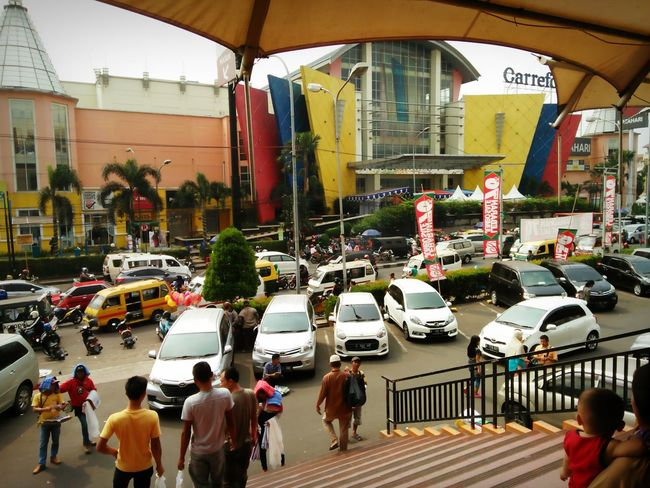 Crowdy afternoon INDONESIA Traffic Large Group Of People City