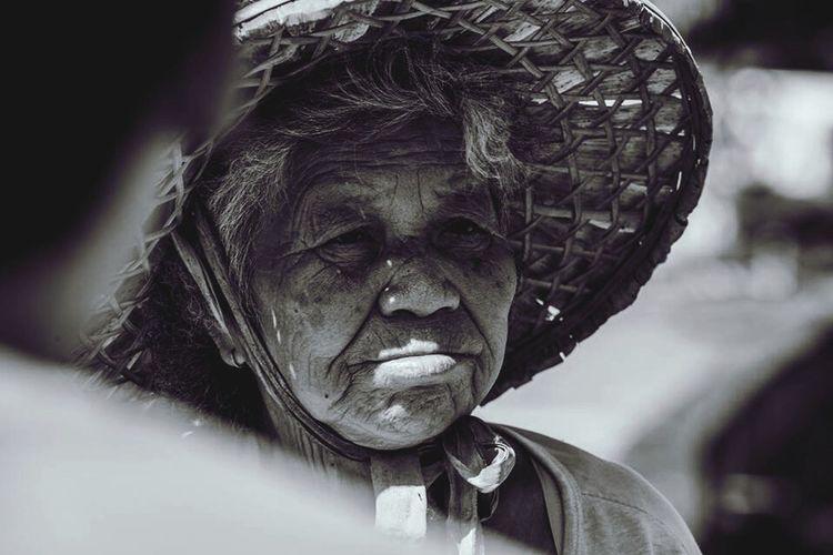 Taiwanese Farmer Portrait Woman Prayer Field Corp First Eyeem Photo