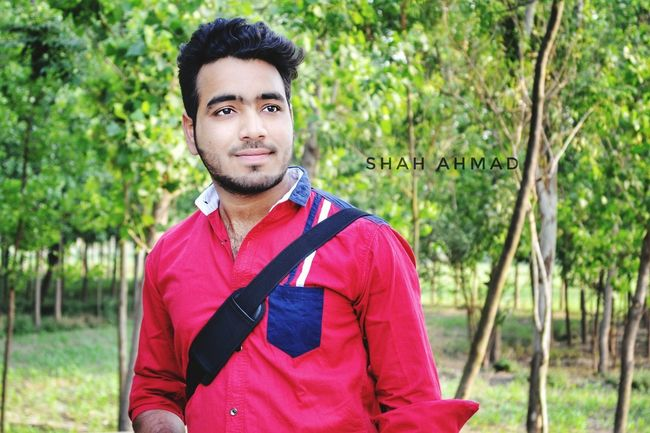 Smartphonephotography Smart Simplicity Smartshots Handmade By Me Handsome😍 Handsome Boy Handsome Greenery Trees Backgroundblur Travelling Photography