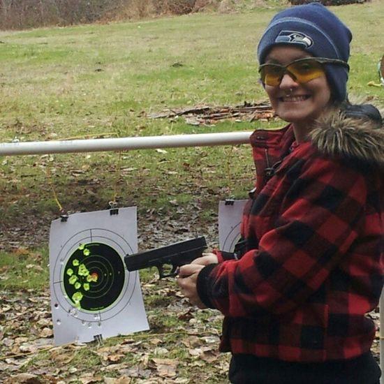 @mimi1347 killin targets with MY Glock17