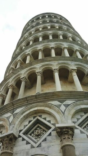 Prospective Prospettiva Italy Italia Italian Monuments Pisa Tower Pisa Pisa, Italy Torre Di Pisa The Architect - 2017 EyeEm Awards The Architect - 2017 EyeEm Awards BYOPaper! Photointheday Backgrounds Morning Photos Alone Sunset Freshness Day Scenics Sky Tranquility Low Angle View Growth No People