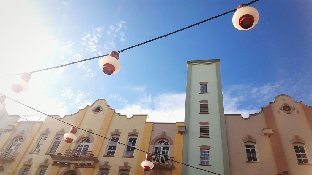 Love the colours and peacefulness of Chinatown Chinatown Brisbane Red Lanterns Pastel Buildings Old Buildings