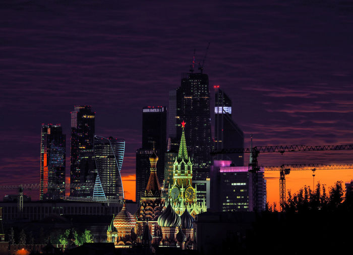 Russia, Moscow, center of Moscow at sunset, Kremlin and Moscow city Moscow Moscow City Russia Architecture Building Building Exterior Built Structure City Cityscape Financial District  Illuminated Landscape Modern Nature Night No People Office Building Exterior Outdoors Sky Skyscraper Spire  Tall - High Tower Travel Destinations Urban Skyline