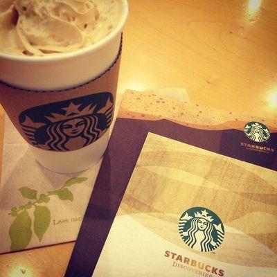 2015.03.04 STARBUCKS® ForHere Tall Hot NoFat CoffeeCreamLatte . ホムスタでは早々にSAKURAが 完売したぁ( ´△`) . ってことで、アーモンドミルクまでの つなぎはコーヒークリームでした! . ブックカバーも手に入れたし✨ うまうま あまあま の時間が 過ごせました(๑´ڡ`๑) . 花粉さえ無きゃ…(´°̥̥̥̥̥̥̥̥ω°̥̥̥̥̥̥̥̥`) . . Starbucks Starbuckscoffee スタバ Miillainsはスタバっ子w Miillains スタバとタリーズの主w コーヒークリーム SAKURAは終わり ディスカバリー の ブックカバー を 手に入れた(*´∇`)ノ Miillainsの防御力が 2上がったw