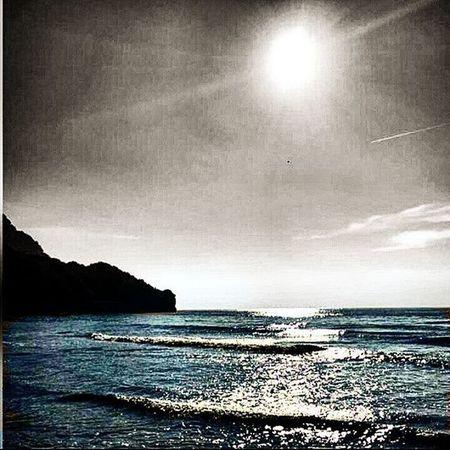 Come sarebbe un mondo senza cielo. È come servirsi delle mani, senza una testa. Sky Sea Nature Worldprime World Worldwide Pic Imagine Fantasy Life Lifestyle Igers Igersitalia Paesaggisalernitani Cetara L4l Followme