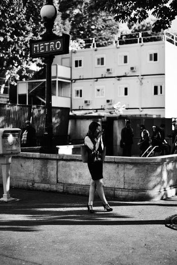 A week in Paris (52) CopyrightPiotrSzuber Paris Blackandwhite Streetphoto_bw Street Photography Streetphotography The Street Photographer - 2015 EyeEm Awards Shades Of Grey Picturing Individuality VSCO Vscocam B4