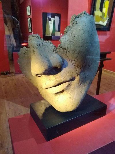 Store Sculpture