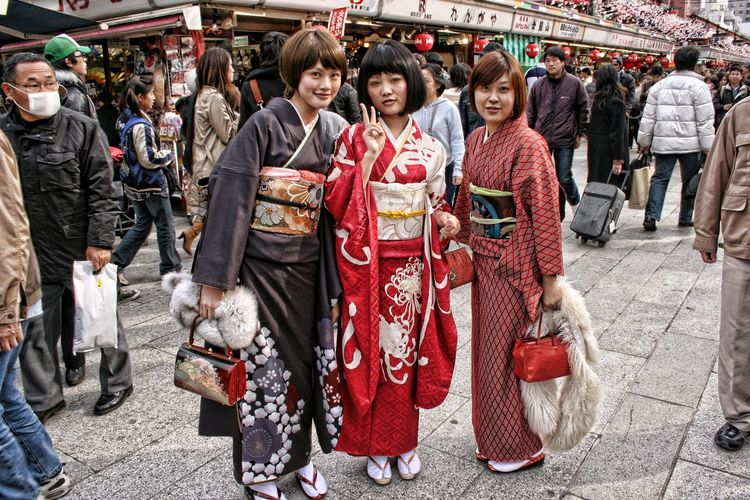 Girls wearing Traditional kimono Tourism Tokyo Street Photography Japanese  Ginza Kimono Group Of People Real People Women City People Lifestyles Day Traditional Clothing Street Outdoors