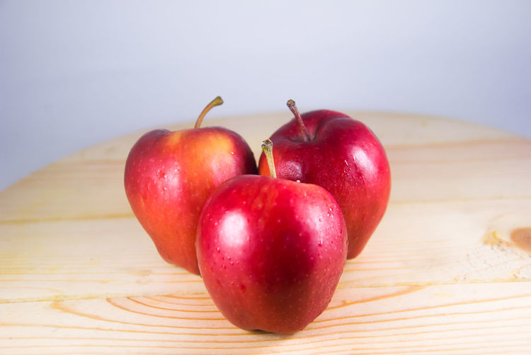 Apple - Fruit Nature Fruit Red Apple No People Food And Drink Freshness Healthy Eating Still Life Learning Red