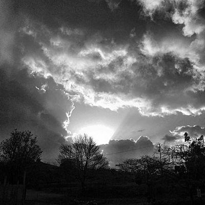 Grenada Sky_painters Skyporn Ilivewhereyouvacation Shy_shooters Ourbestshot Amazingpics Amazing_pics Amazing_allshots Ig_caribbean Igworldsunsets Westindies_pictures Westindies_sunrise Westindies_nature Westindies_bnw Blancoynegro Bwstylesgf Bnw