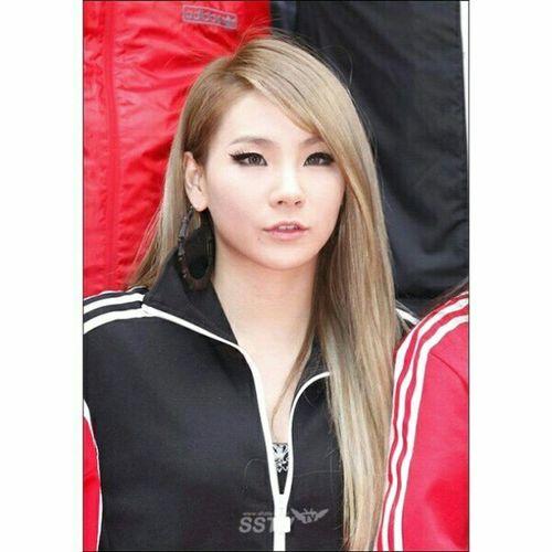 Aaaa ;_; CL so cute. CL Cl2ne1 Classifieds Adidas jacketadidas cute beauty world blackjack