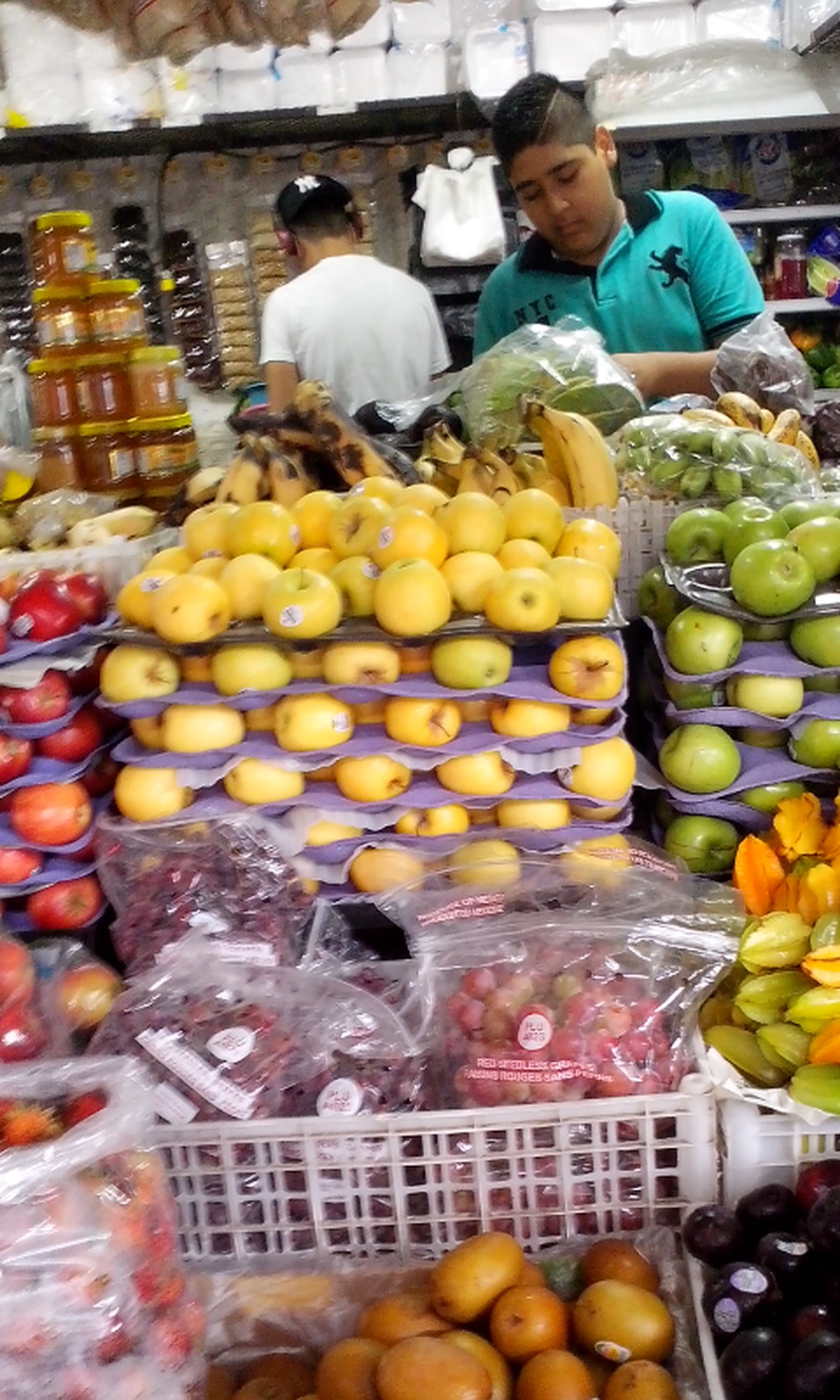 for sale, retail, market stall, market, choice, food, variation, large group of objects, abundance, freshness, store, display, sale, collection, arrangement, small business, shop, multi colored, in a row, still life, repetition