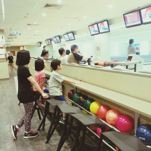 Bowling Colorful Kids Relaxing