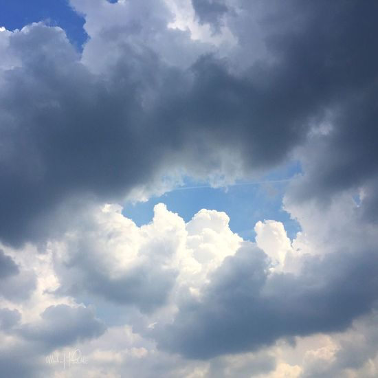 2015 | Photo: Michael F. Pichette Virginia Taking Photos Clouds And Sky Cloud - Sky Clouds