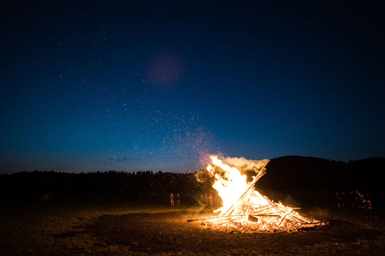 Germany Zeiss Distagon 2.8/15 ZE Nikon D810 Atmosphere Bavaria Bonfire Midsummer Sonnwendfeier Sonnwendfeuer Burning Fire Flame Heat - Temperature Night Outdoors