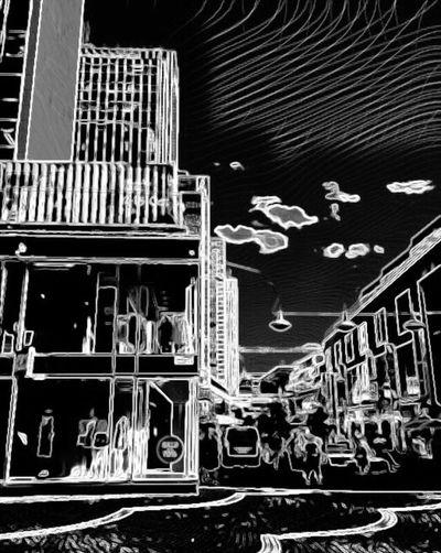 Built Structure Outdoors Art Is Everywhere Bnw_friday_eyeemchallenge Bnw_street City