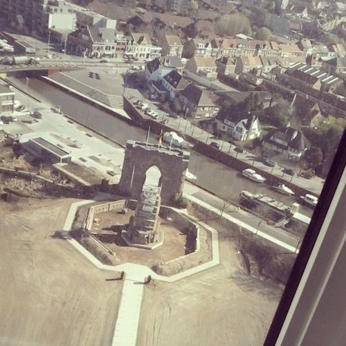 En we zijn nog ni bove xD Ijzertoren View View From Above