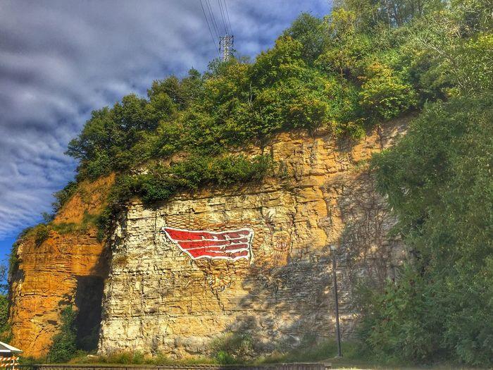 The fabled Piasa Bird. Cliff Alton Illinois