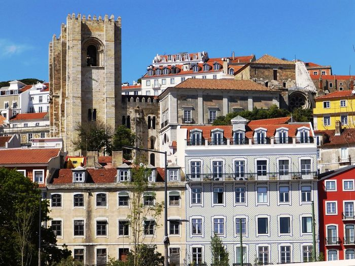 Architecture Building Exterior Built Structure City Day History House Lissabon, Low Angle View No People Outdoors Residential Building Sky Town Travel Destinations