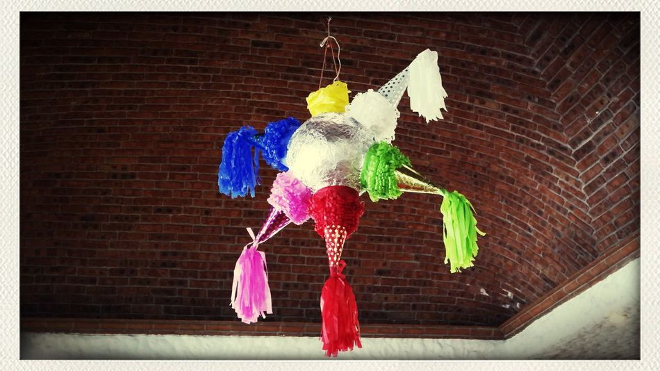 La piñata Hello World Enjoying Life Hanging Out Piñata Posadas Navidad Xmas