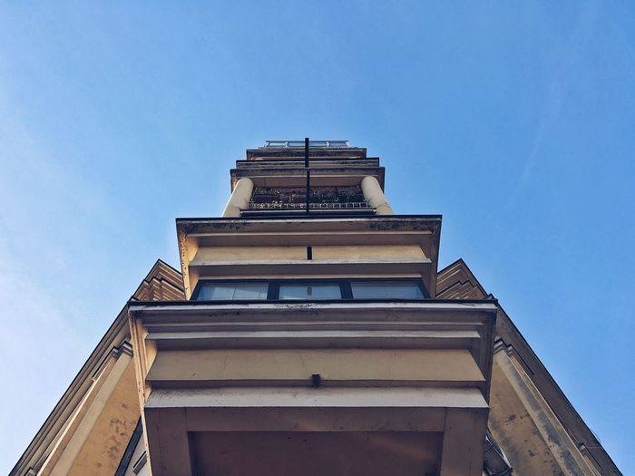 Low Angle View Built Structure Architecture Building Exterior Day Outdoors Blue Sky Clear Sky City