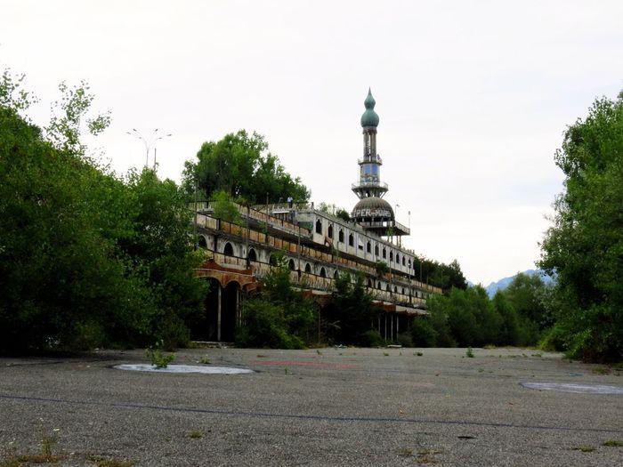 Abandoned Places Consonno Consonnocittàfantasma Abandoned Buildings Urban