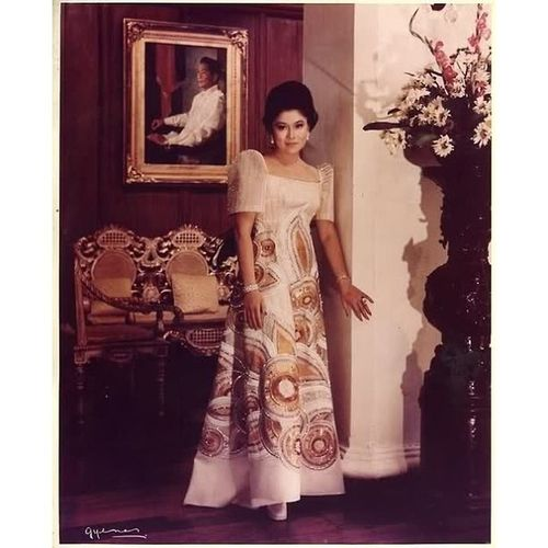"""""""Really can't get enough of Imelda Marcos. One of the best minds in history; beautiful, cunning and smart"""" Imeldamarcos Marcos Classic Class vintage retro philippines philppinehistory loveforvintage flashback photooftheday"""