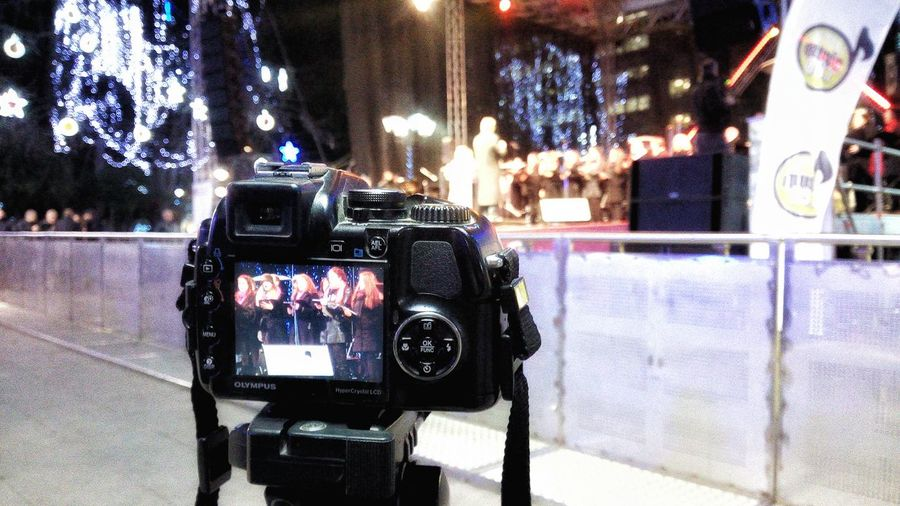 Mobilephotography Streetphotography Nightphotography Looking At Camera Frame In Frame Concert Athens Athens, Greece Syntagma Square