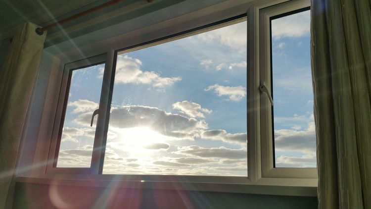 Veiw From My Bed Note4photography EyeEm Best Shots Beautiful Perfection Sky And Clouds Window Eye4photography  EyeEmBestPics Dreamy♡ Sky Through Window Magical Light